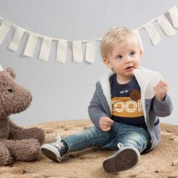 Abbigliamento Baby (0-2 anni), Infant (9 mesi-4 anni) e Kids (2-8 anni)